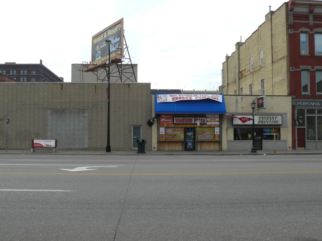 Dewey Theatre, 203 Washington Avenue North